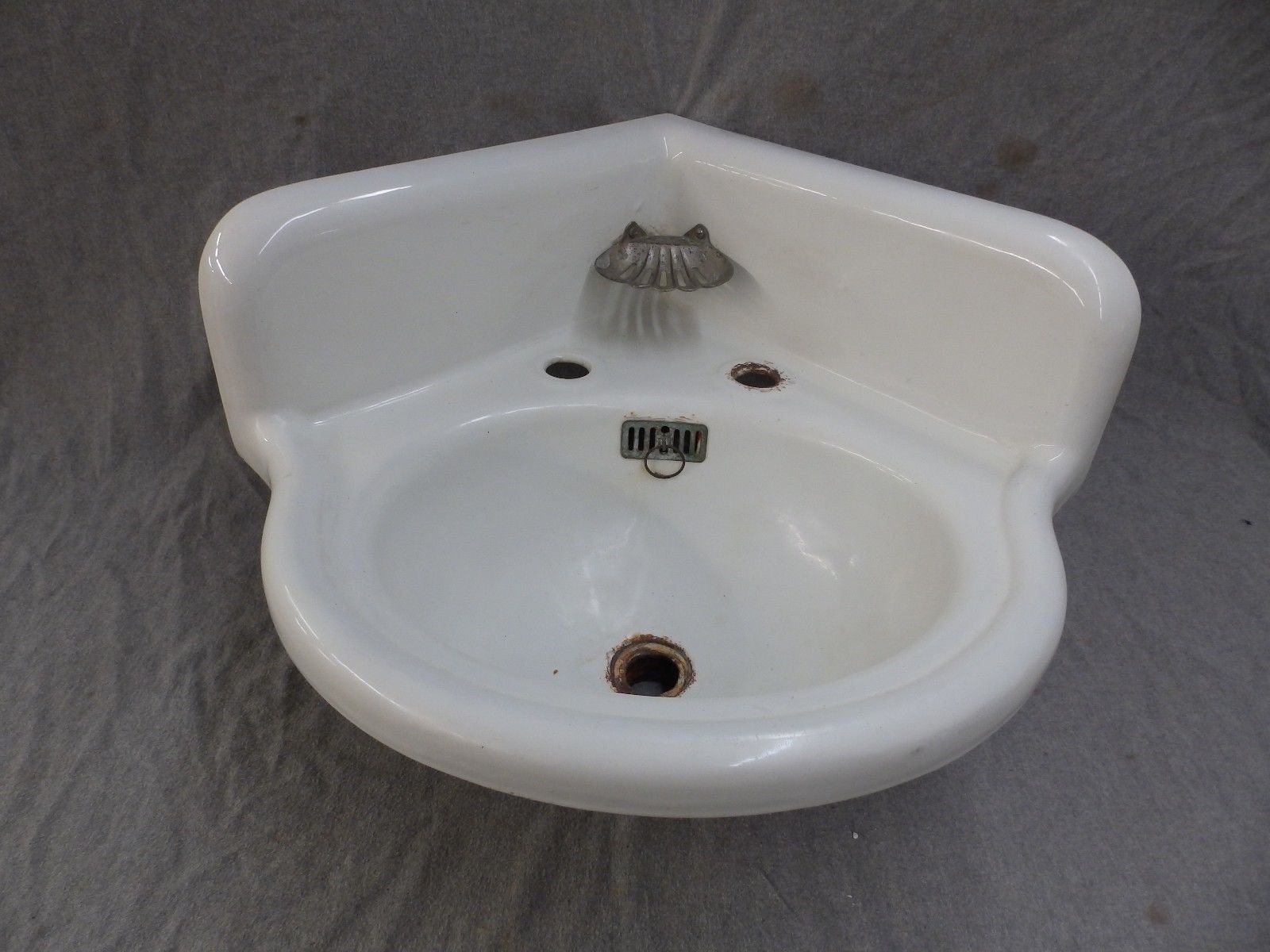 Image is loading Antique-Cast-Iron-White-Porcelain-Corner-Bath-SInk-