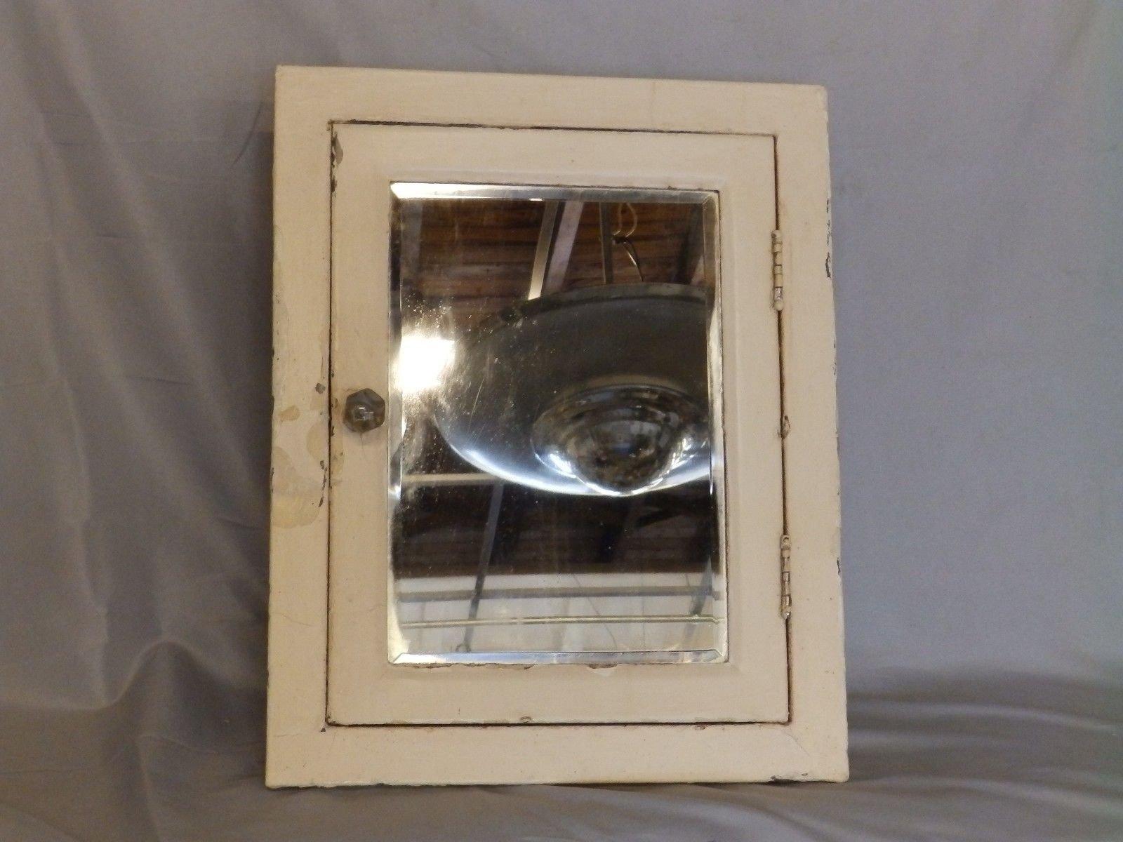 antique industrial recessed metal medicine cabinet beveled mirror vtg 109 18p ebay. Black Bedroom Furniture Sets. Home Design Ideas
