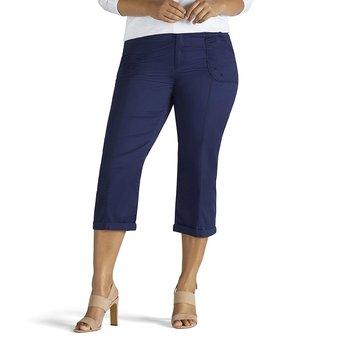 a9ff6cf97e6 LEE Women s Plus-Size Relaxed Fit Cordelia Capri Pant