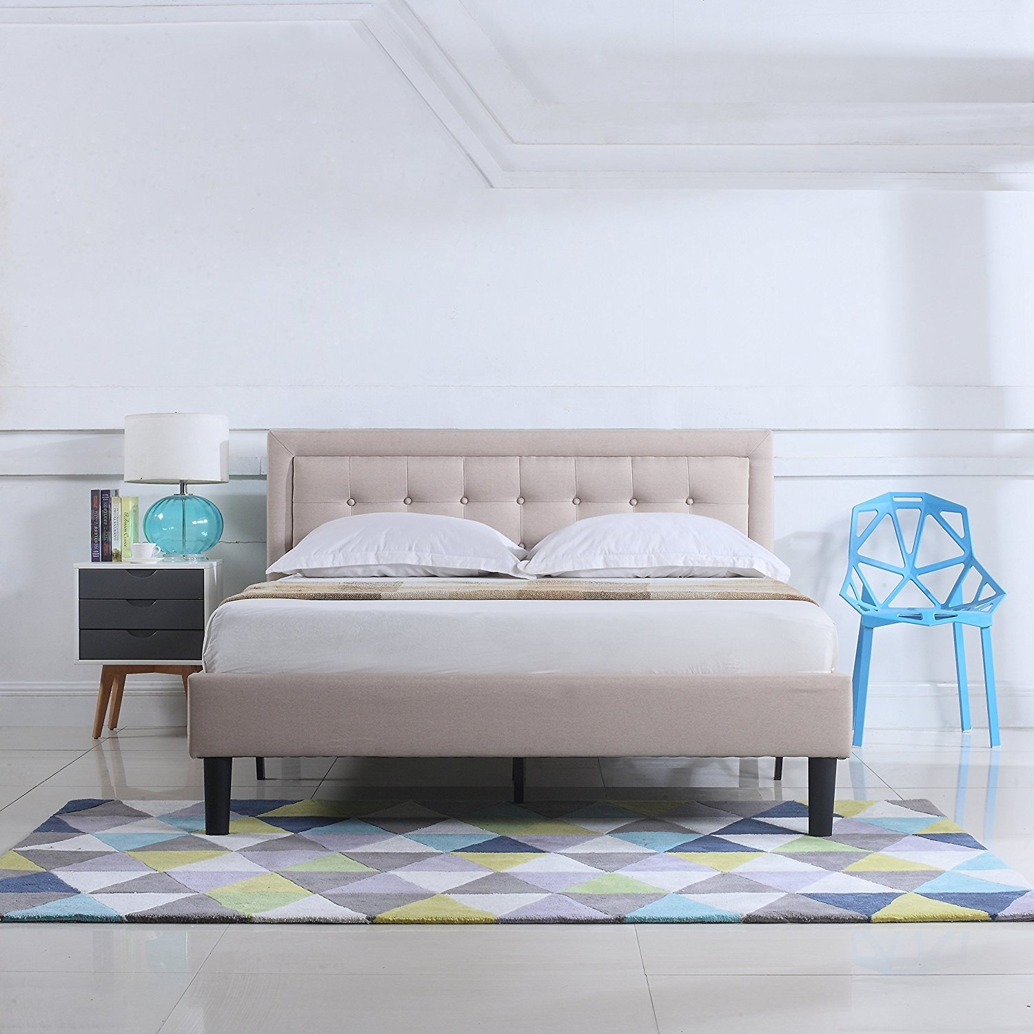 Low Profile Bed Tufted Upholstered Headboard Nailhead Platform Bed